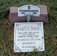 WyattDanielTombstone