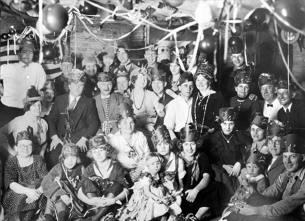 New Year's Eve from 1925 Chicago