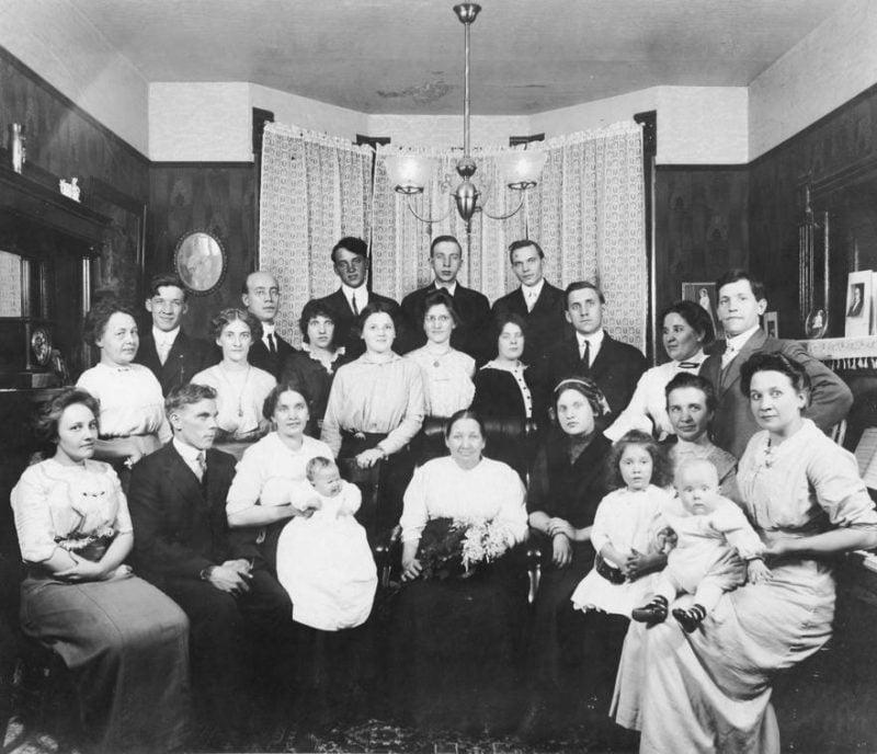99 (Plus) Genealogy Things